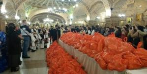 Peste 2000 de pachete de sărbători pentru nevoiași