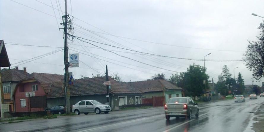 Vreme închisă, carosabil umed