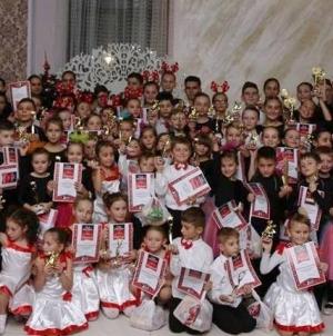 Mici dansatori la Gala Medio Monte (GALERIE FOTO)