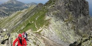 Recomandări pentru amatorii de drumeții pe munte