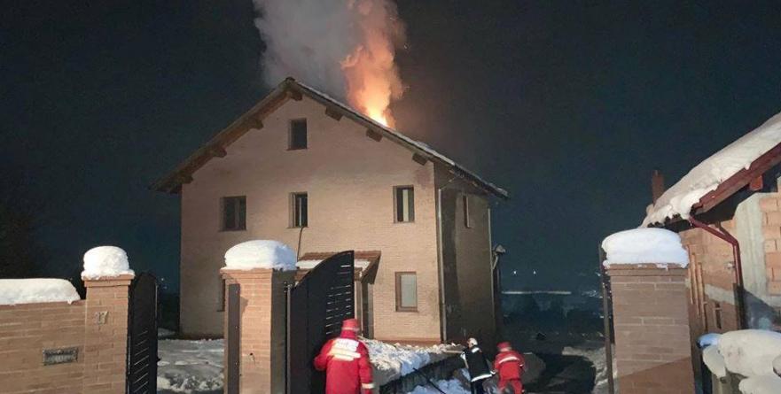 Incendiu în Buzești, stins cu promptitudine