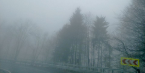 Drumuri aproape curate, dar e ceață în Pasul Prislop