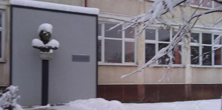 """""""Săptămâna Eminescu"""" la Colegiul care poartă numele poetului național"""