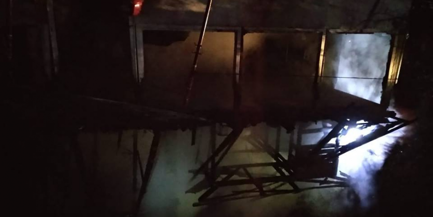 Pompieri puși la treabă chiar din primele ore ale noului an