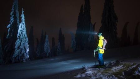 Strat de zăpadă record la Cavnic: 81 cm