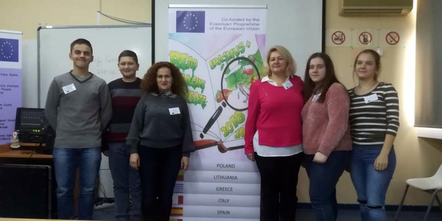 Patru elevi și doi dascăli din Fărcașa au petrecut o săptămână în Grecia