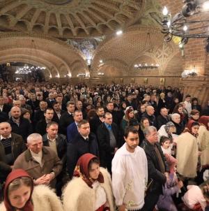 Românii – printre fruntașii Europei la credința în Dumnezeu