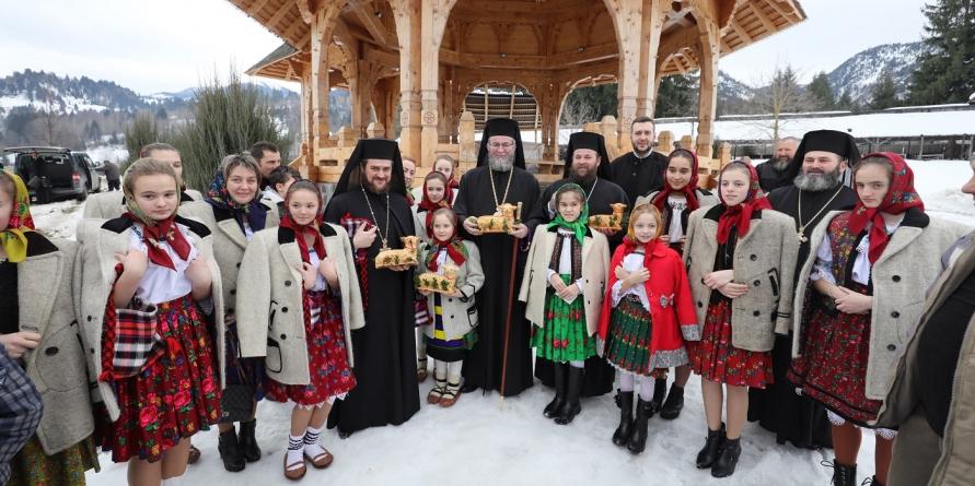 Hramul de iarnă la Mănăstirea Moisei,  cea mai veche din Eparhie (GALERIE FOTO)