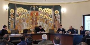 Preoți și polițiști, implicați în combaterea violenței domestice