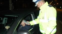 Pentru doi șoferi, noaptea trecută nu a fost un sfetnic bun
