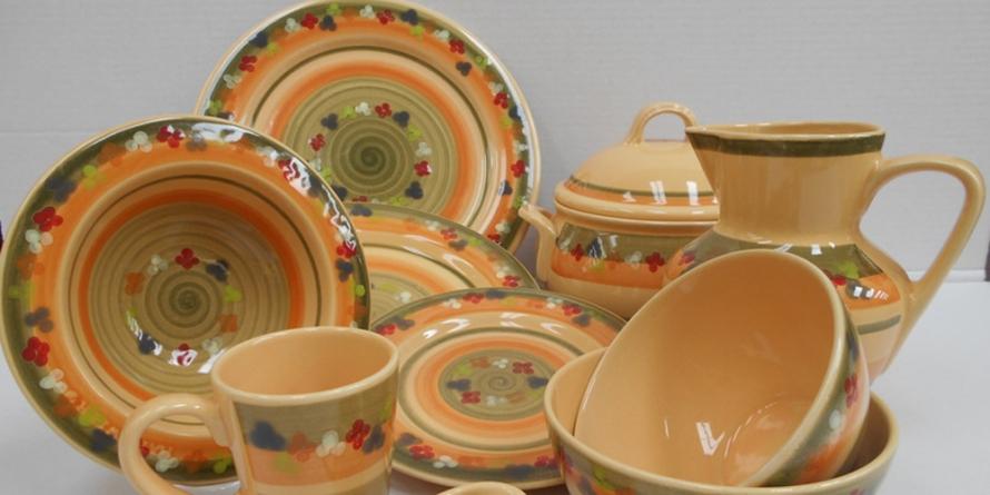 Expoziție de ceramică la Faimar, cu vânzare la preț de producător
