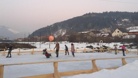 Azi se deschide patinoar în Borșa