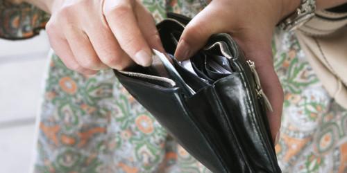 A luat cu el un portofel uitat de altcineva