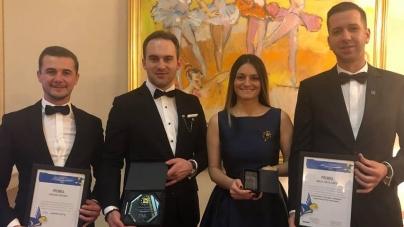 """Școala politică """"Gheorghe I. Brătianu""""  de la Sighet și  """"Caravana Tricolorul""""  – premiate la Sinaia"""
