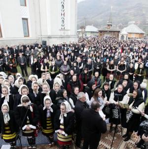 """Târnosirea bisericii cu hramul """"Buna Vestire"""" din  Ieud"""