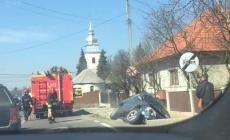 Mașină ajunsă în șanț în Tăuții Măgherăuș