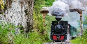 Călătorii de început de primăvară cu Mocănița