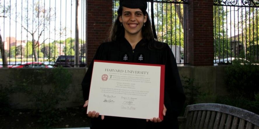 Băimăreanca Roxana Feier – colegiul în Baia Mare, facultatea în SUA, doctoratul în Marea Britanie (GALERIE FOTO)