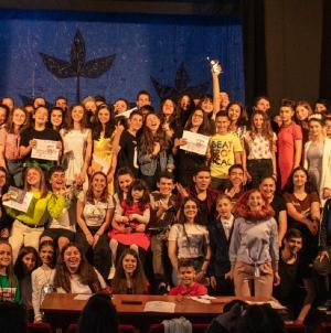 """Câștigătorii Festivalului regional de teatru pentru școli gimnaziale """"Masca"""""""