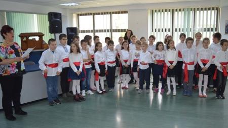 """La Bibioteca Județeană au fost desemnați câștigătorii concursului """"Cel mai bun şi cel mai fidel cititor al secției pentru copii"""""""