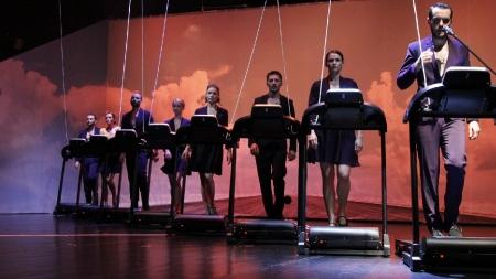 """Festivalul Internațional de Teatru """"Atelier"""" începe cu un… atelier (de coregrafie) și cu un teatru fizic"""