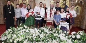 Episcopul Iustin, sărbătorit la onomastică în catedrală (GALERIE FOTO)