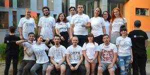 Tricouri inscripționate cu drepturile și obligațiile studenților din sesiune