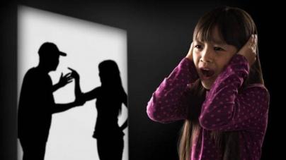 Scandal familial în care soția și fiica au fost agresate