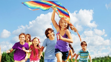 Jocurile Copilăriei pe Câmpia Tineretului