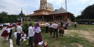 La Dragomirești, hram la mănăstire și binecuvântare pentru viitorul muzeu etnografic (GALERIE FOTO)