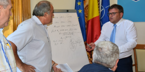 Pentru soluționarea problemelor semnalate de pensionarii de la IPEG, directoarea Casei de Pensii Maramureș merge, mâine, la minister (GALERIE FOTO)