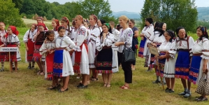 """Festivalul """"Tradiții și obiceiuri sub poalele Muntelui Șatra"""", ziua a doua"""