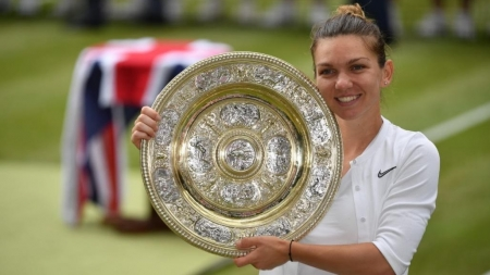 După succesul de la Wimbledon, Simona Halep va primi cea mai înaltă distincţie a statului român, respectiv a Patriarhiei Române