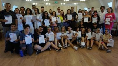10 tineri din Cavnic au participat, în Ungaria, la un proiect privind dezvoltarea abilităților antreprenoriale (GALERIE FOTO)