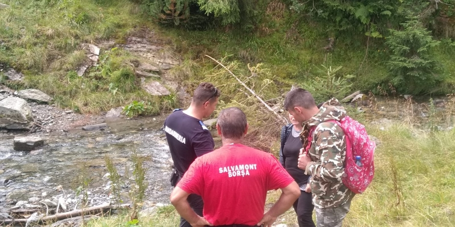 Patru turişti rătăciţi pe munte au fost găsiţi de jandarmi