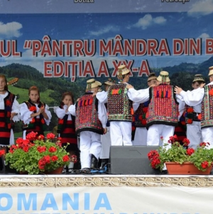 """Festivalul """"Pântru mândra din Botiza"""" a împlinit 20 de ediții"""