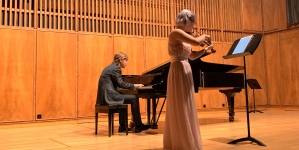 Un concert special de vioară și pian la Colegiul de Arte