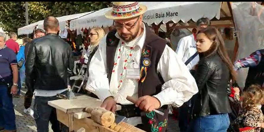 Meșterul popular care a dat Italia pentru Maramureșul natal