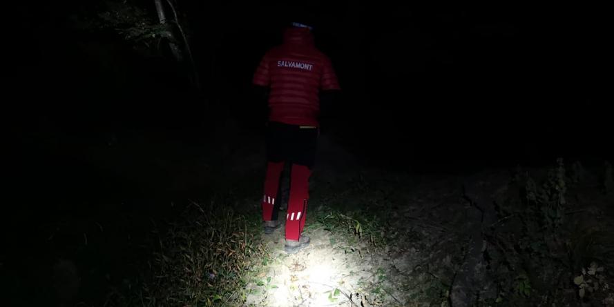 Din doi turiști maghiari rătăciți în munți: unul a fost localizat azi noape, celălat abia azi pe la prânz