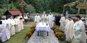 La târnosire, biserica din Blidari a primit și un al doilea hram (GALERIE FOTO)