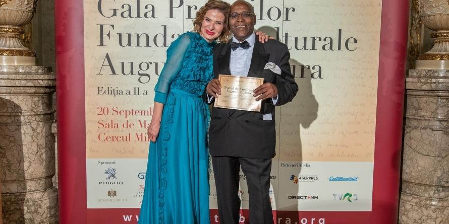 Fundaţia Culturală Augustin Buzura şi-a premiat câştigătorii (GALERIE FOTO)