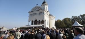 """A fost târnosită """"Catedrala Codrului"""" (GALERIE FOTO)"""