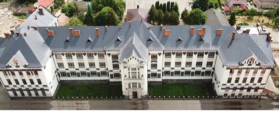 """Manifestări la Colegiul Național """"Dragoș Vodă"""", la împlinirea unui secol de existență"""