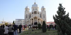 Icoana făcătoare de minuni de la Mănăstirea Dragomirești va fi adusă în Baia Mare