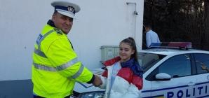 Polițiștii au predat ștafeta elevilor pentru o zi (GALERIE FOTO)