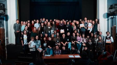 """Premianții Festivalului pentru liceeni """"Teatrul – un joc al ideilor"""""""