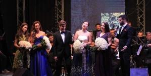 Susținut de una dintre cele mai talentate cântărețe de operă din România, băimăreanul Titus Pop promite o carieră artistică de excepție