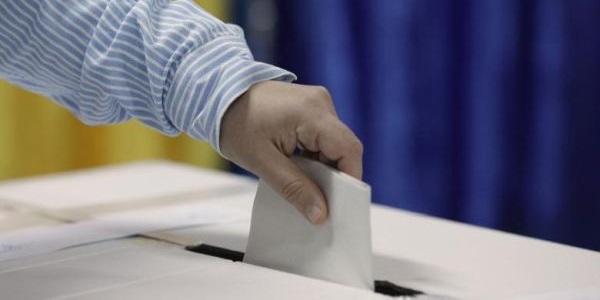 S-au centralizat datele din 99,09% din secțiile de votare din țară. Ce procente au candidații de pe podium