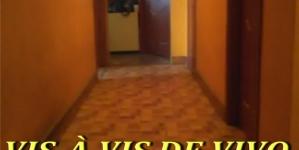 Vand apartament trei camere situat in zona Vivo (cart. Sasar):