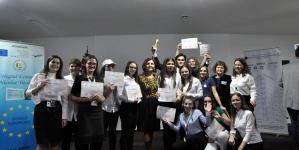 """145 de firme de exercițiu din 40 de licee din țară au participat la """"Rivulus Dominarum Tineret"""" Baia Mare (GALERIE FOTO)"""